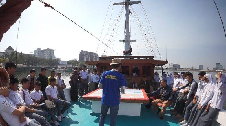 Berlayar dengan Pinisi, YKL Indonesia dan PPI Bekali Pelajar dengan Edukasi Maritim
